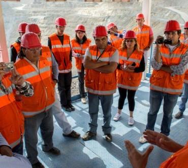 24 periodistas de Andalgalá visitaron el yacimiento de Minera Alumbrera
