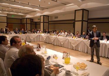 Mesa de diálogo Informe de Sostenibilidad 2015